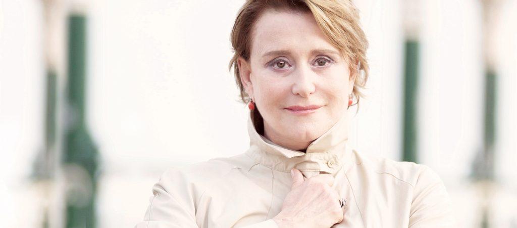 Linda Thompson - Artist Image